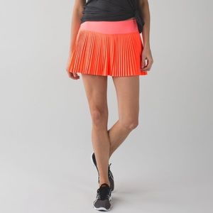 Lululemon • Pleat to Street Skirt II in Grapefruit